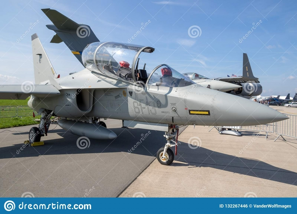 Aermacchi M346 Master Jet Trainer Wallpapers