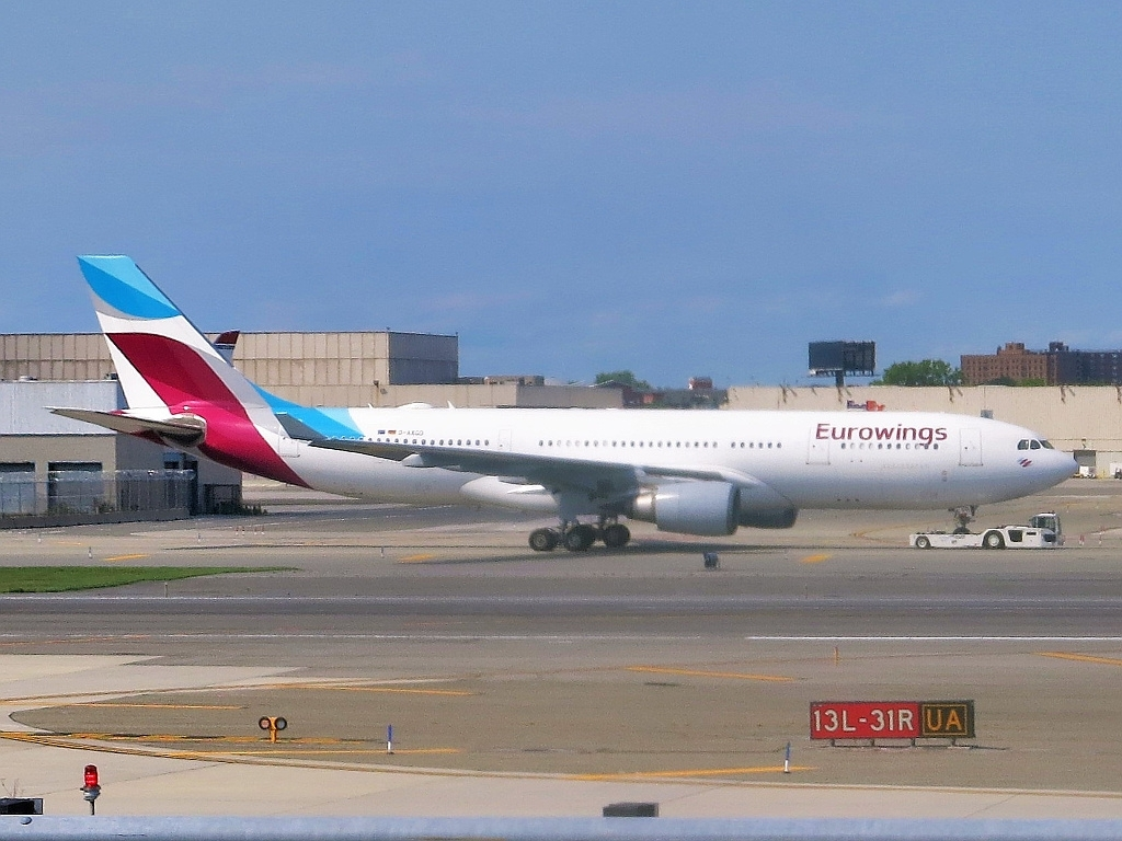 Airbus A330200 Images