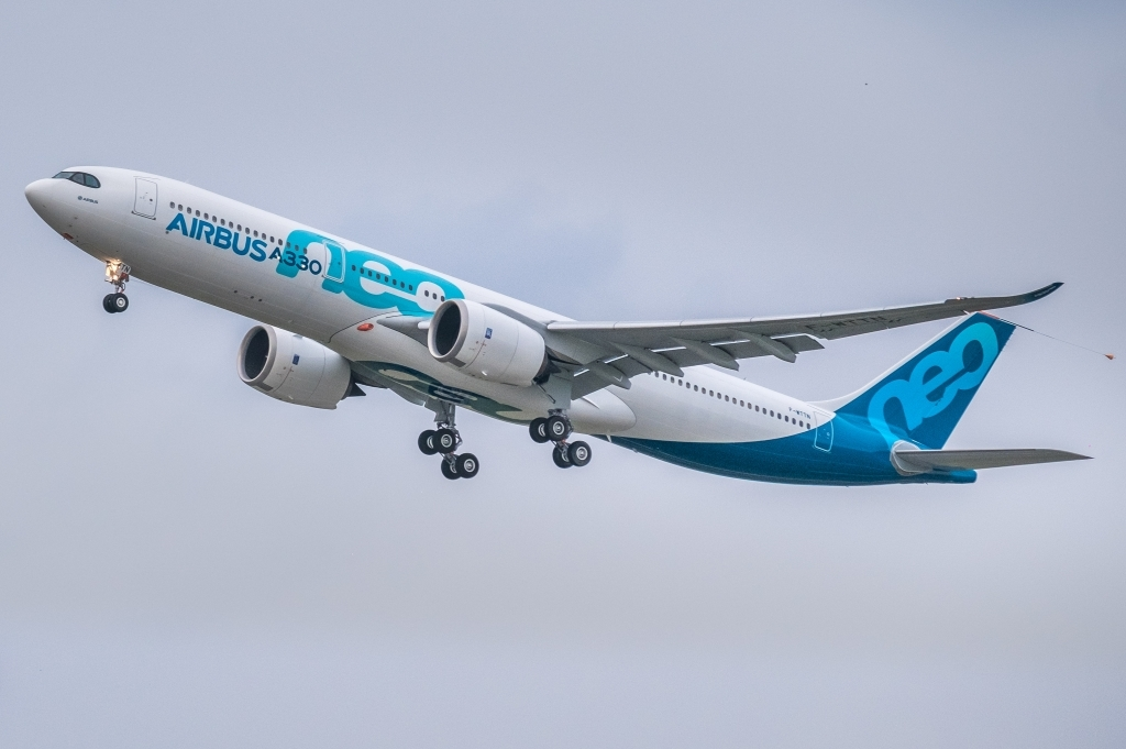 Airbus A330900 Wallpaper