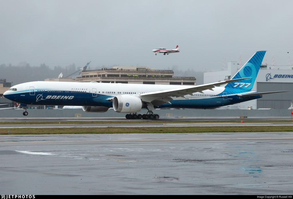Boeing 777300ER Spy Shots