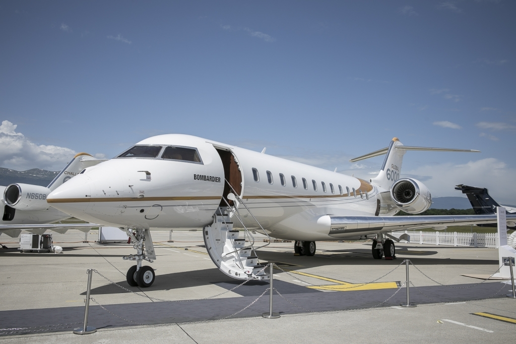 Bombardier Global 6000 Spy Photos