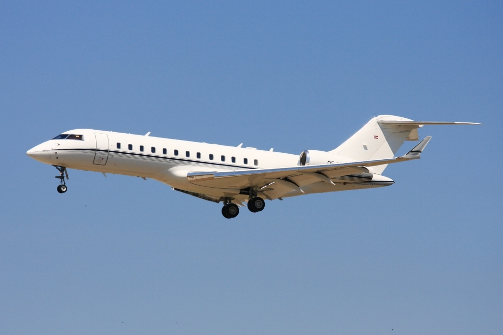 Bombardier Global 6000 Wallpapers