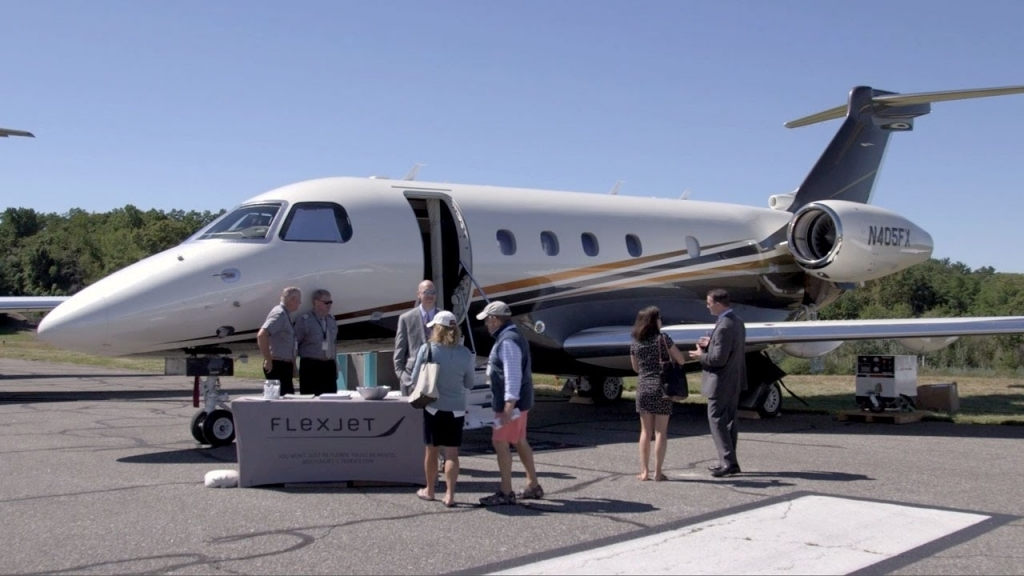 Embraer Legacy 450 Pictures