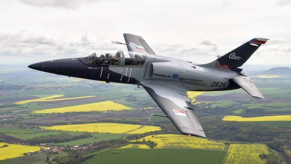 L39NG Jet Trainer Wallpapers