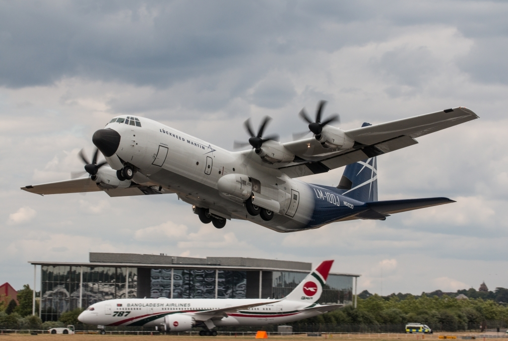 Lockheed Martin LM100J Super Hercules Spy Photos
