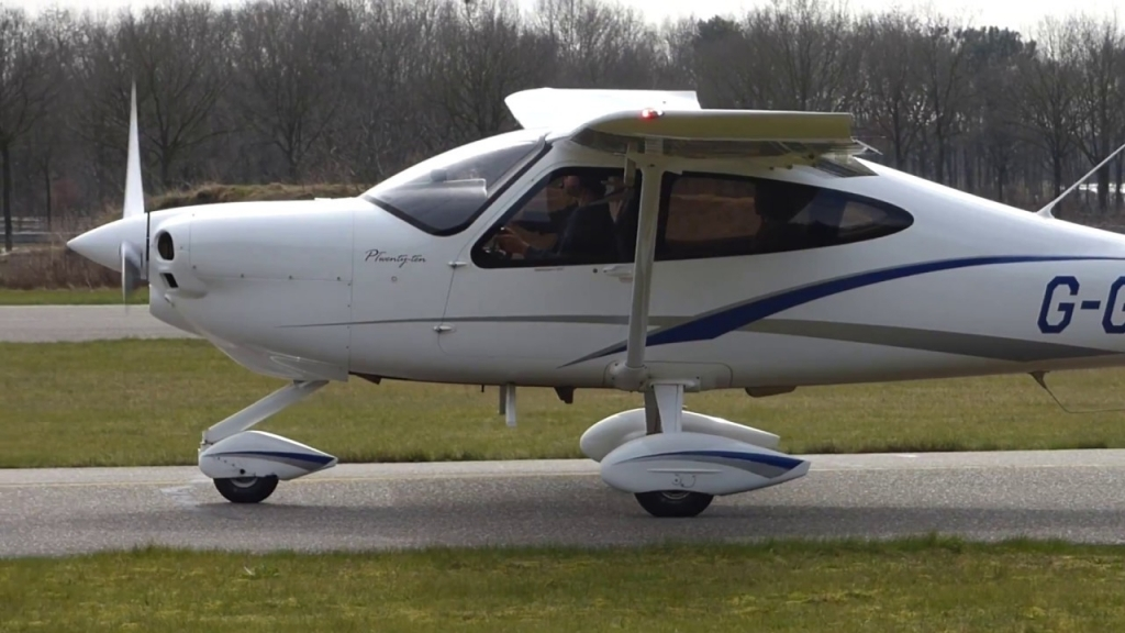 Tecnam P2010 Spy Photos